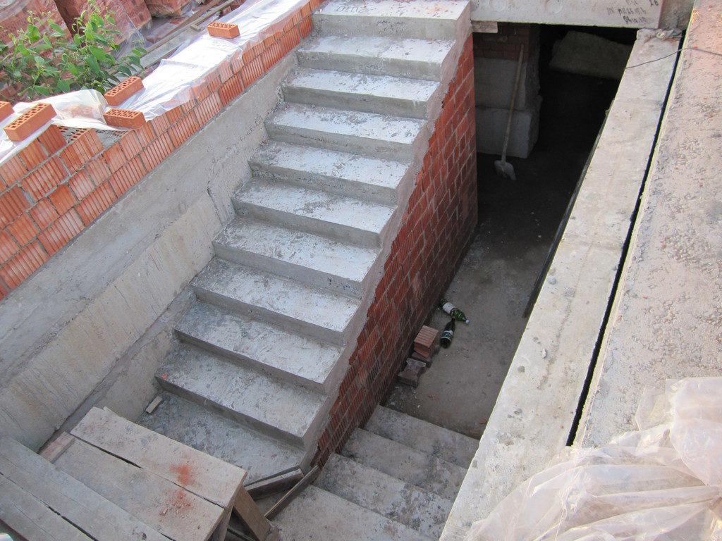 Какая должна быть лестница?