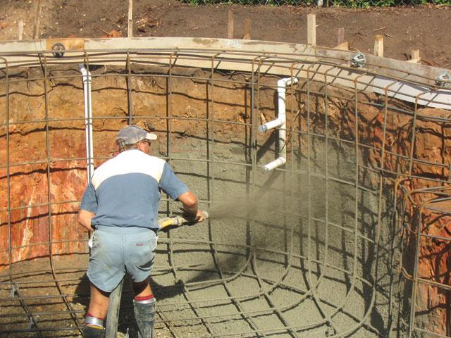 Самостоятельное строительство монолитного бассейна