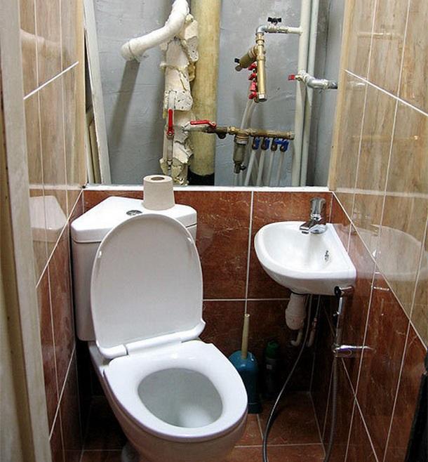 Подготовка к ремонту в туалете