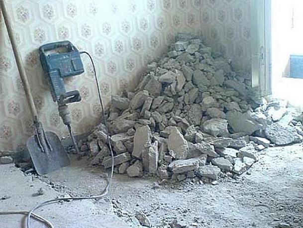 Демонтаж напольного основания