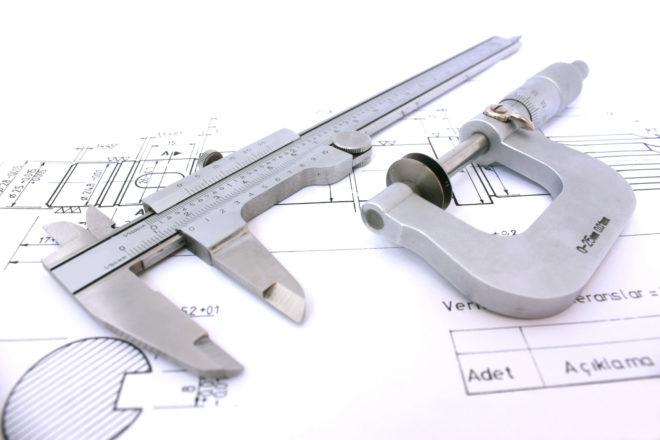 Какие инструменты понадобятся для возведения гаража из металлопрофиля?