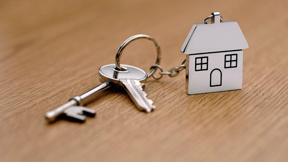 Нюансы налогов в случае если жильё было подарено или передано по наследству