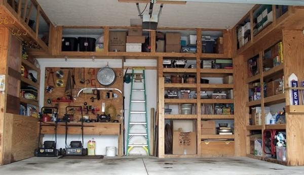 Какие вещи могут находиться в гараже