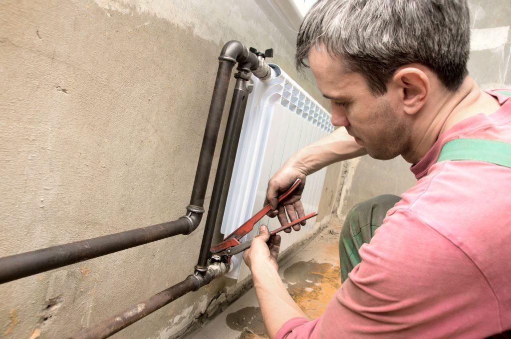 Каким образом производится замена радиаторов отопления