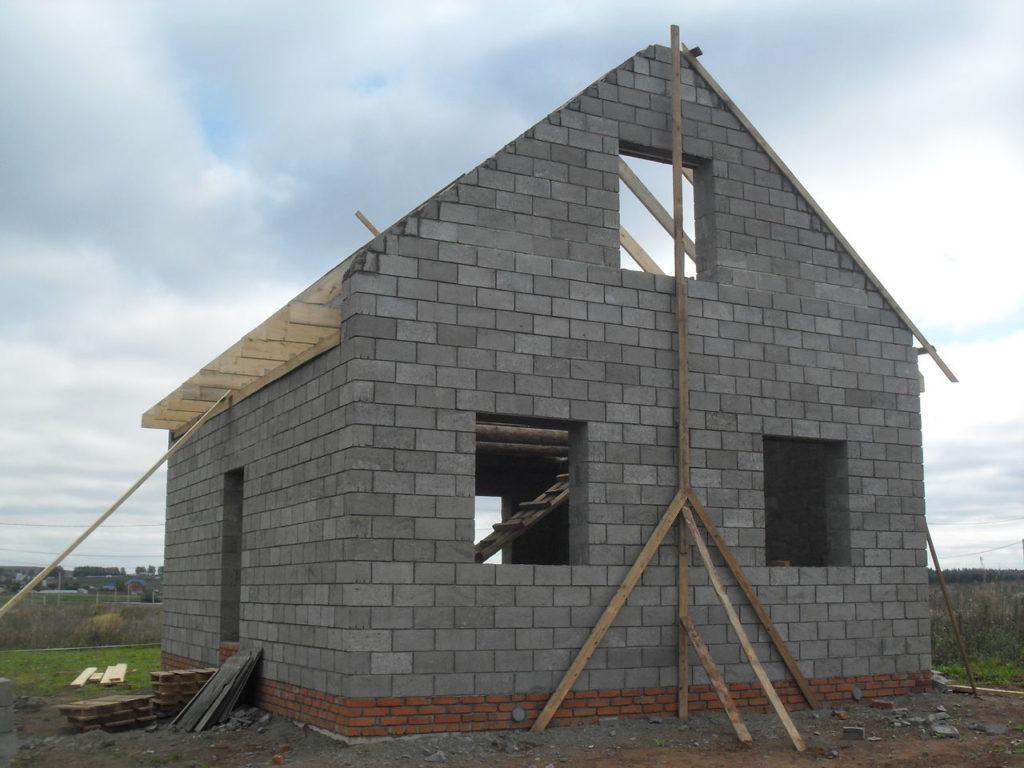Как построить дом из керамзитобетона своими руками