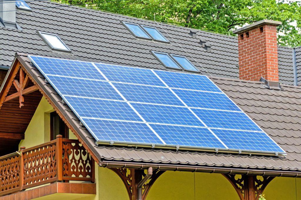 Сколько нужно приобрести солнечных панелей для частного дома