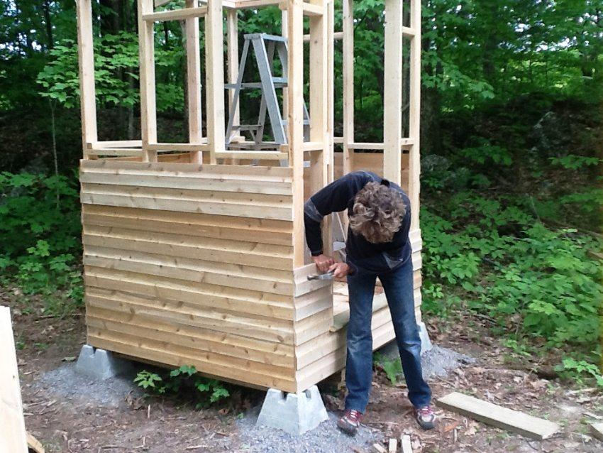 Как построить туалет на даче пошагово