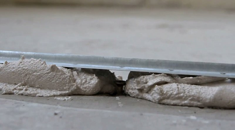 Укладка на цементную особую плиту