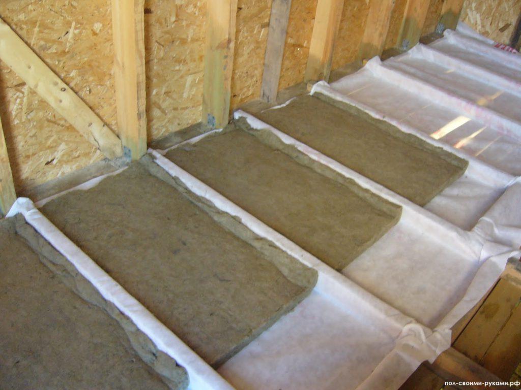 Утепление потолка глиной